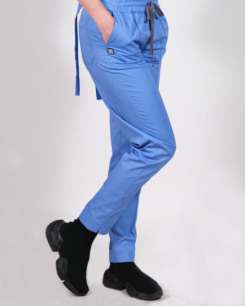 Pantaloni bleu conici cu patru buzunare